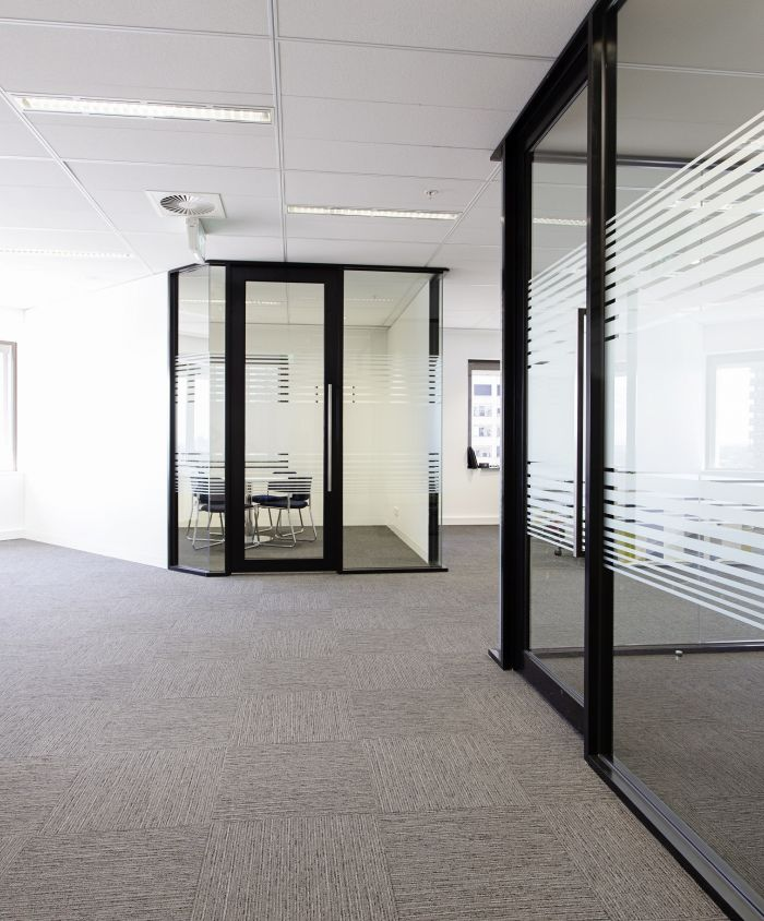 Munro Partners Office Fitout 11