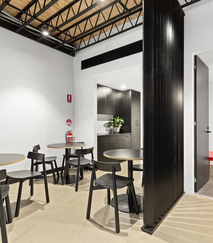 Shopping Links Office Fitout 8